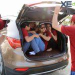18 người nhét trên xe Hyundai SantaFe vẫn di chuyển được