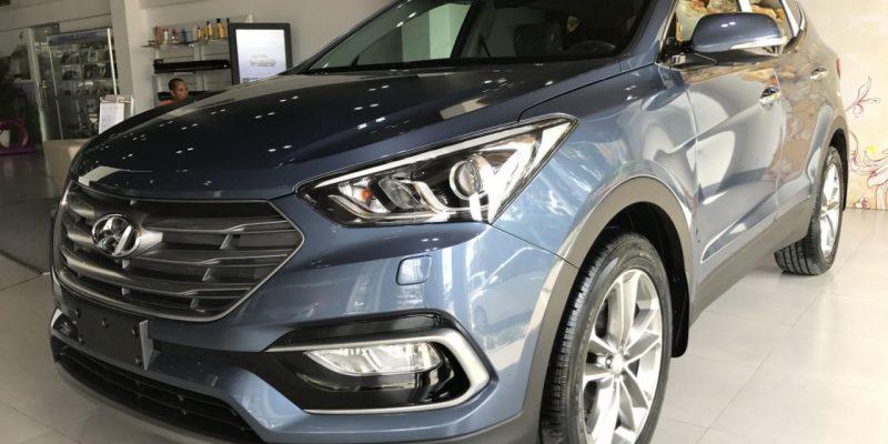Hyundai Santafe  2017 máy dầu màu xanh đá