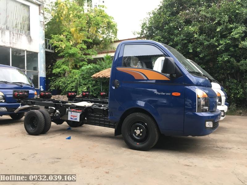 Xe tải Hyundai H150 cabin Chassi