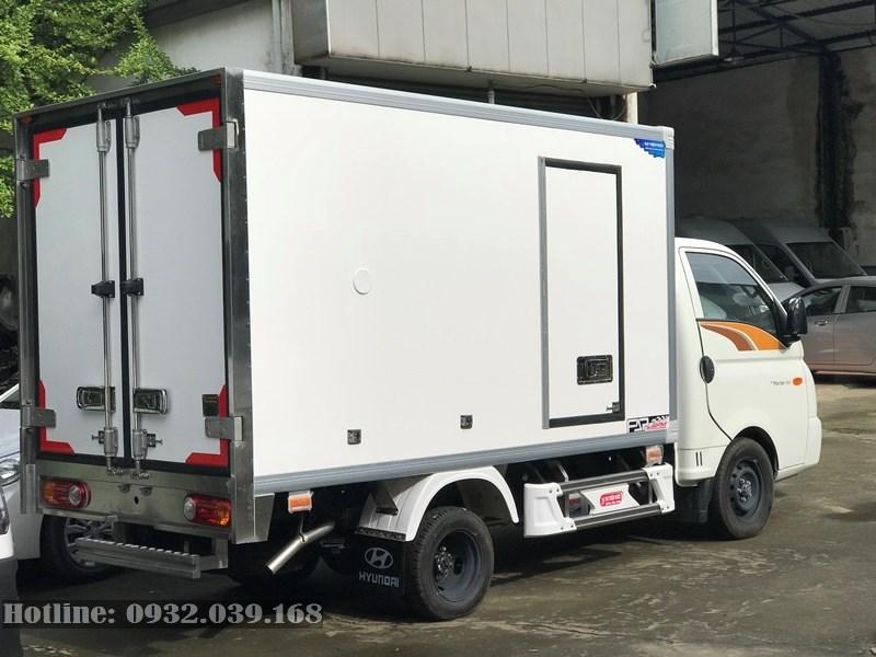 Hyundai New Porter thùng đông lạnh