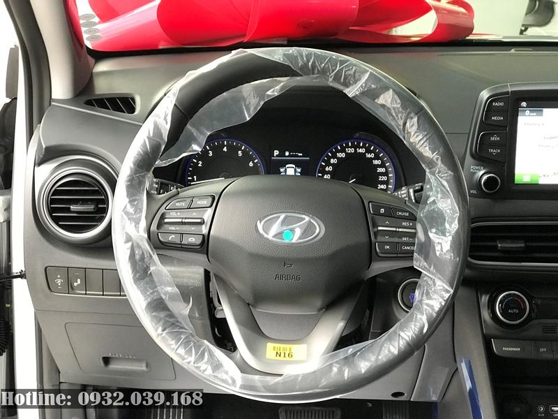 Vô lăng Hyundai Kona 2020