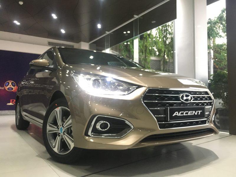 Hyundai Accent 2020 màu vàng cát