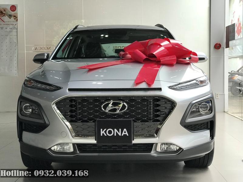 Hyundai Kona 2020 màu ghi bạc