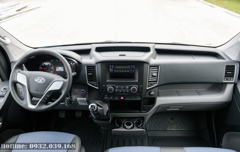 Nội thất xe 16 chỗ Hyundai H350