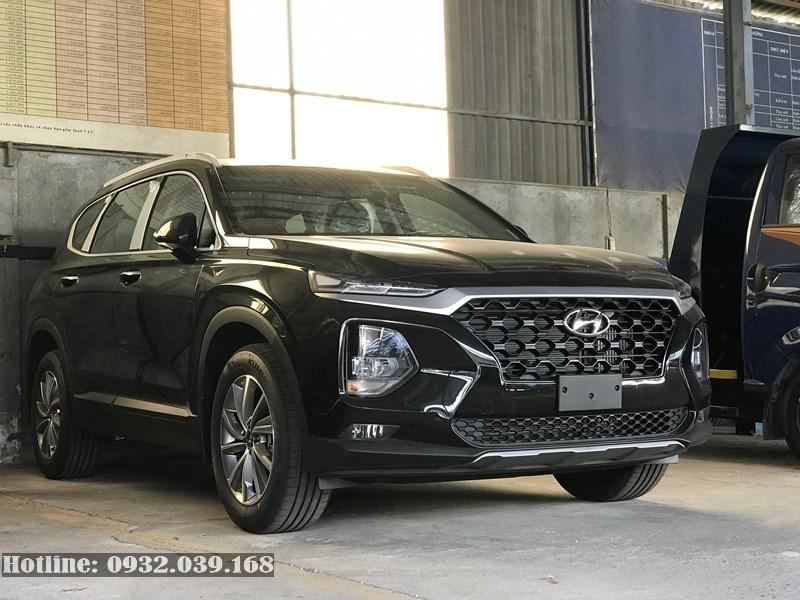 Hyundai Santafe bản tiêu chuẩn màu đen