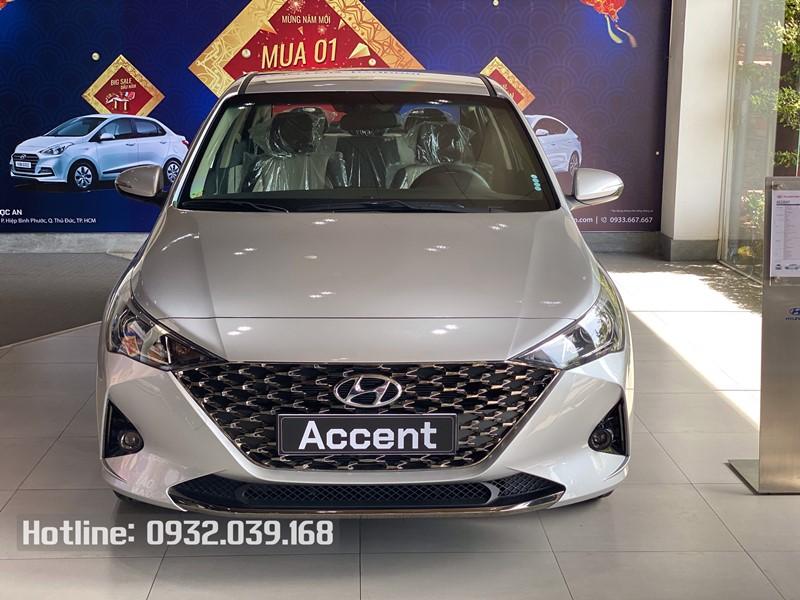 Xe Hyundai Accent 2021 đặc biệt màu Bạc